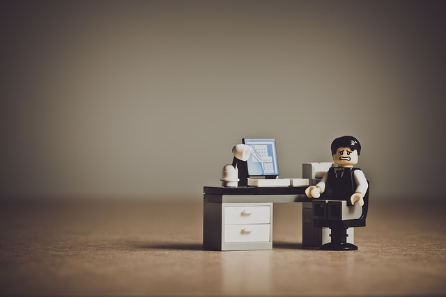 lego using computer to convert